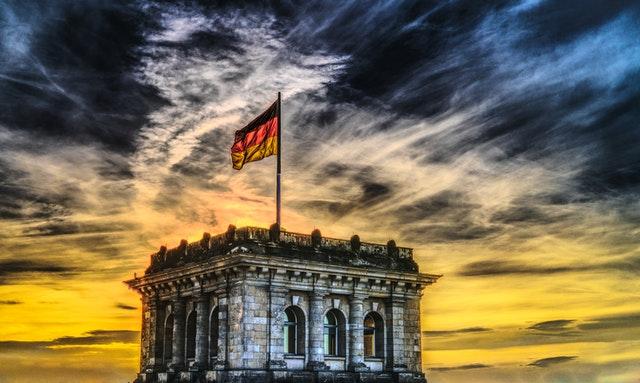 Traductores-oficiales-de-la-embajada-alemana